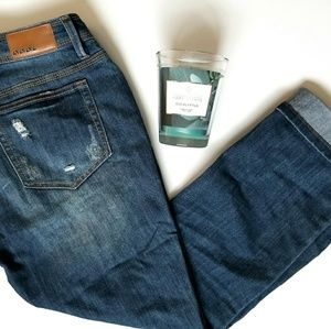 Juniors Size 11 Cropped Ripped Jeans